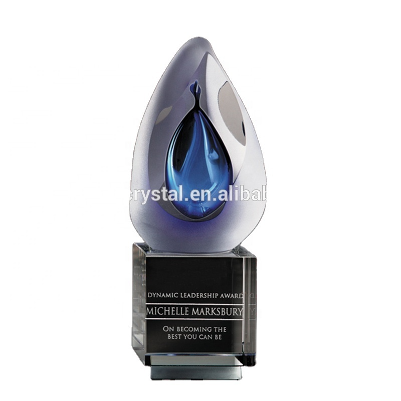 Custom design Best Selling Hand Blown Art Glass Award with crystal base