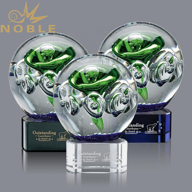 New Design hand blown crystal ball custom Art glass trophy