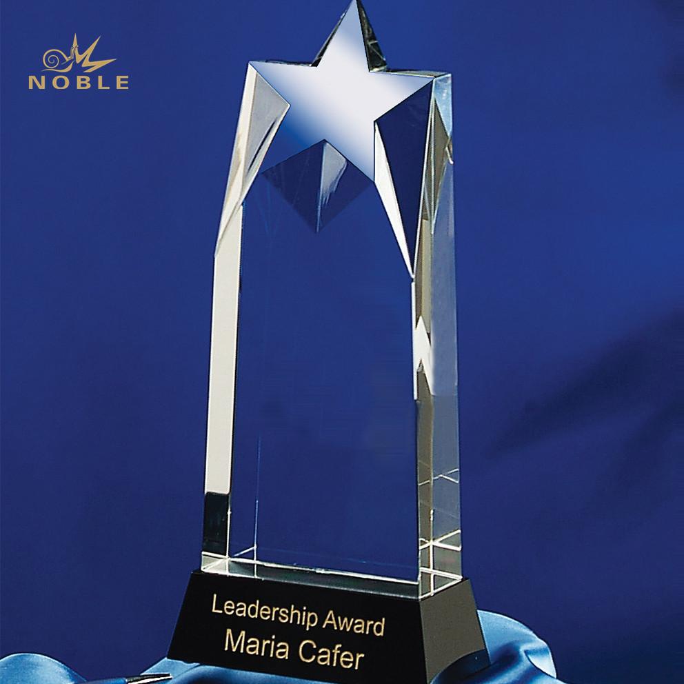 Custom Logo Engraving Optical K9 Crystal Star Trophy