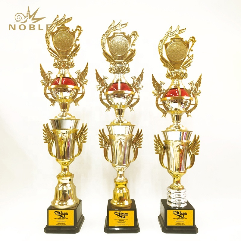 Wholesale Sports Events Gold Metal Trophy Cup