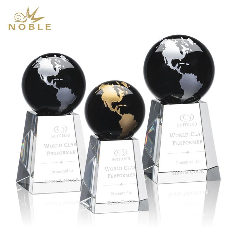 Best Selling Universal Heathcote Award Custom Crystal Globe Trophy