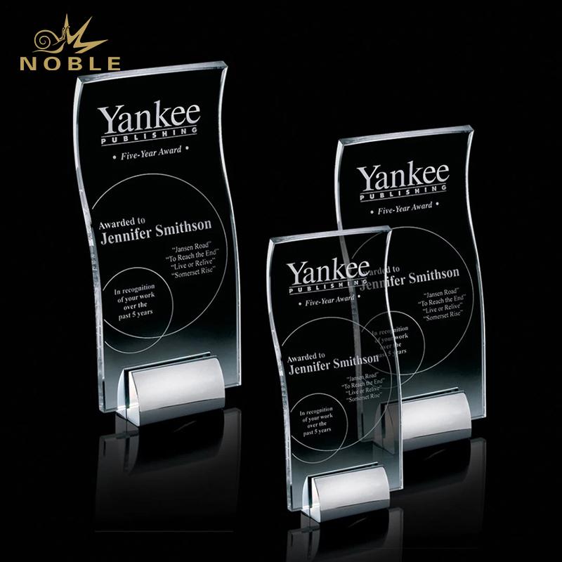 Popular Design Starfire Memphis Award Crystal Outstanding Award with Metal Base