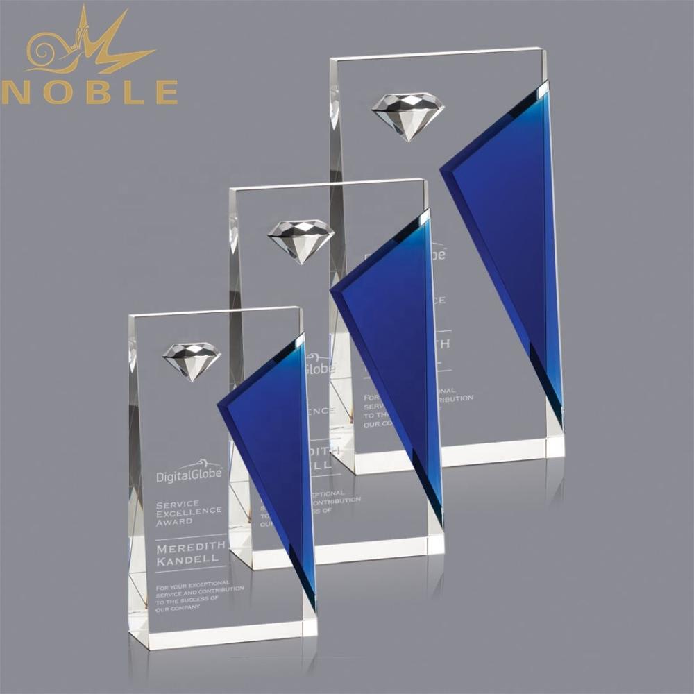 New design custom crystal wedge trophy with diamond