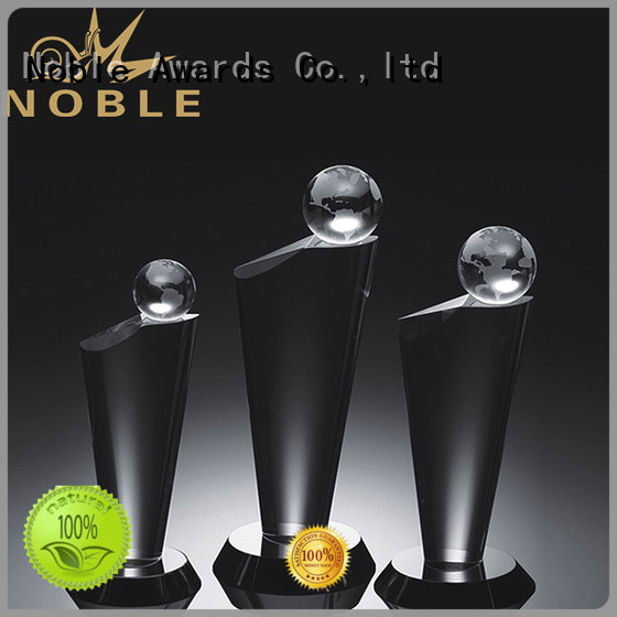 Noble Awards at discount Crystal Trophy Award supplier For Sport games